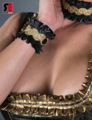 Latex Armband mit Rüschen