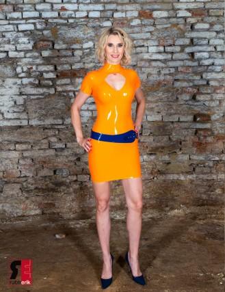 Damen Latex Kleid mit Kreissektor Ausschnitt